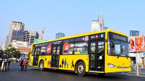Quảng cáo xe Buýt / Taxi